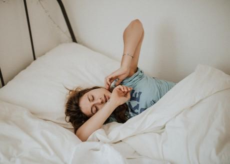 Prečo sa budíme nadránom zo spánku