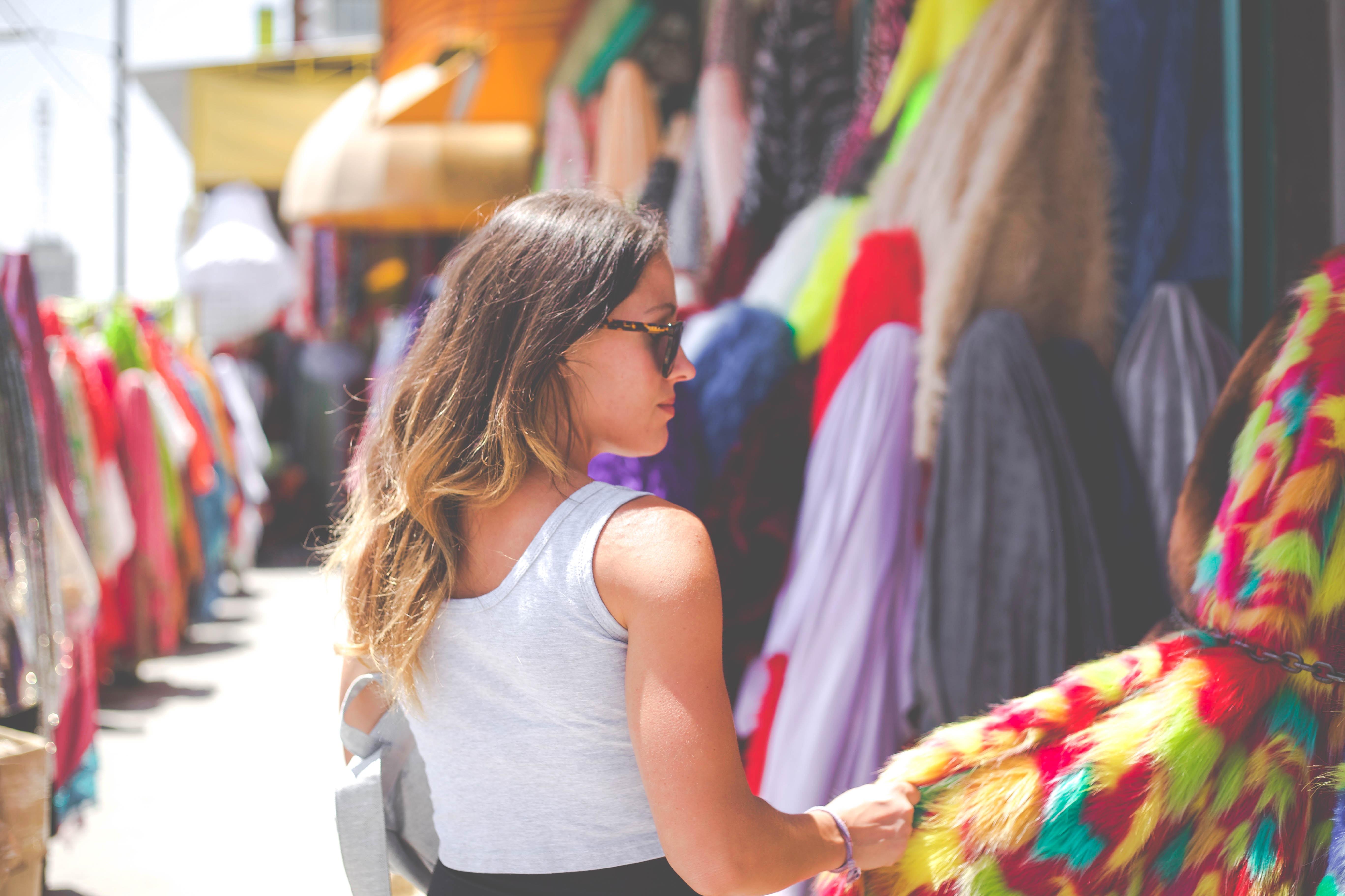 Socializujte sa nakupovaním! Nakupovanie je aj o kontakte snovými ľuďmi