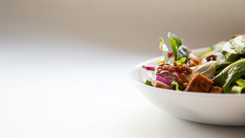 Ľahká zdravá večera – 5 receptov, ktoré vás neomrzia